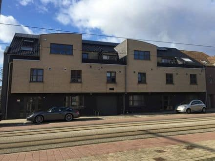 Garage<span>23</span>m² for rent Zwijnaarde