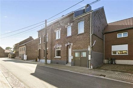 House<span>250</span>m² for rent Attenhoven