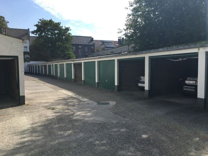 Box for rent in Ghent