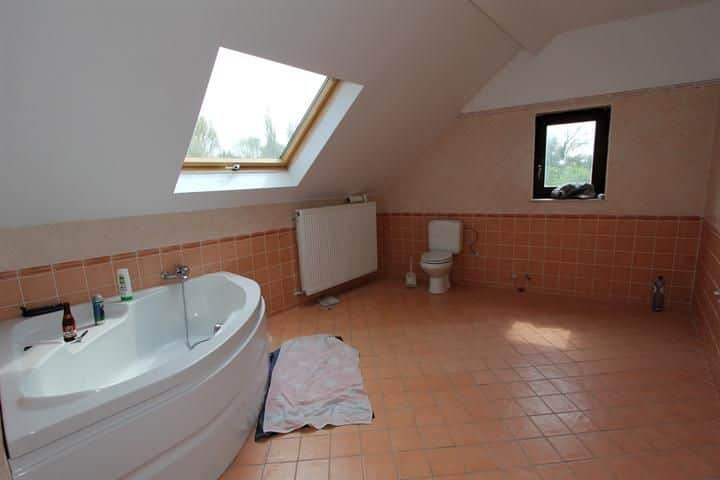 Farmhouse for sale in Zetrud Lumay