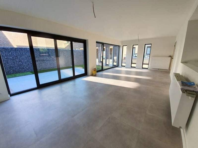 House for sale in Viane