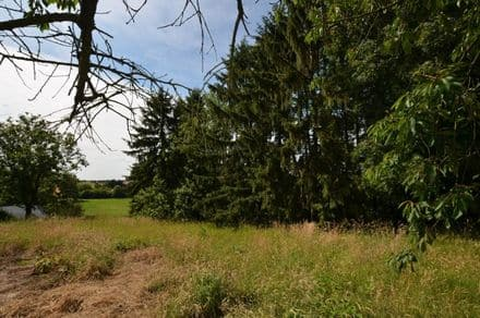 Building land<span>886</span>m² for rent