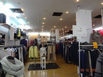 Shop<span>650</span>m² for rent