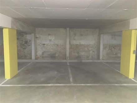 Parking space or garage for rent Liege