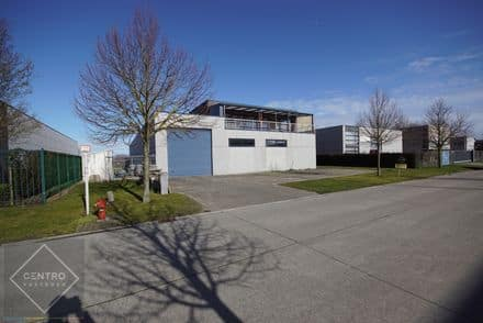 Industrial building<span>937</span>m² for rent Blankenberge