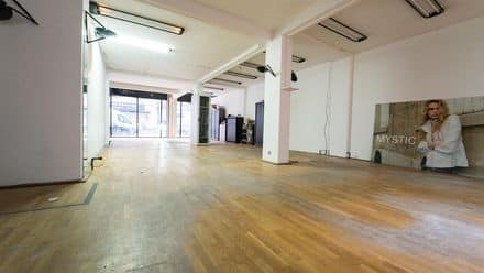 Office or business<span>374</span>m² for rent Anderlecht
