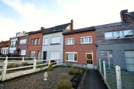 House<span>170</span>m² for rent Ronse