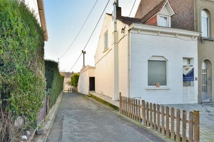 House<span>105</span>m² for rent Braine L Alleud