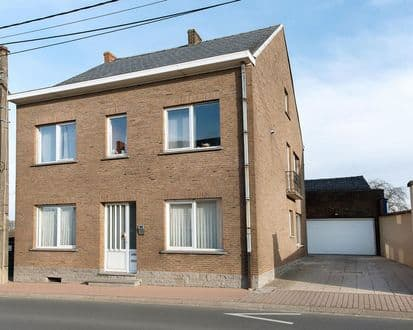 House<span>276</span>m² for rent