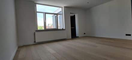 Apartment<span>80</span>m² for rent Ukkel