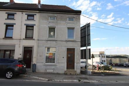 House<span>149</span>m² for rent Couillet