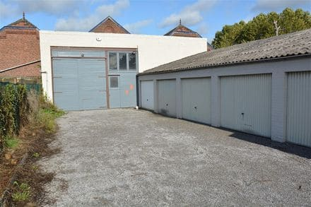 Warehouse<span>73</span>m² for rent Farciennes