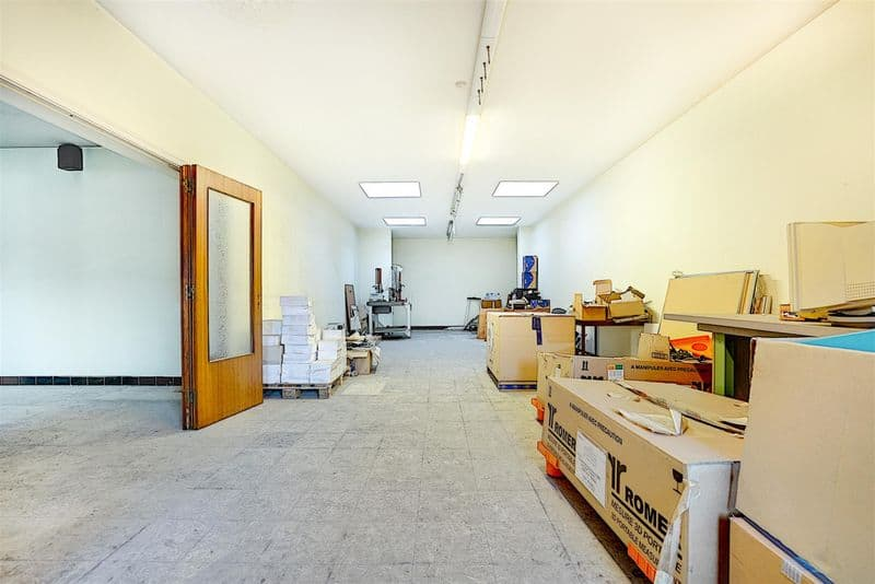Office or business for sale in Liege