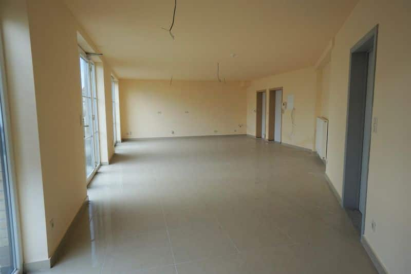 Office or business for sale in Drogenbos