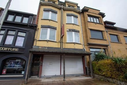 House<span>316</span>m² for rent