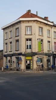 Mixed-use building<span>300</span>m² for rent