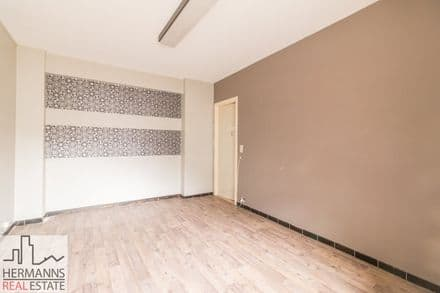 Investment property<span>180</span>m² for rent