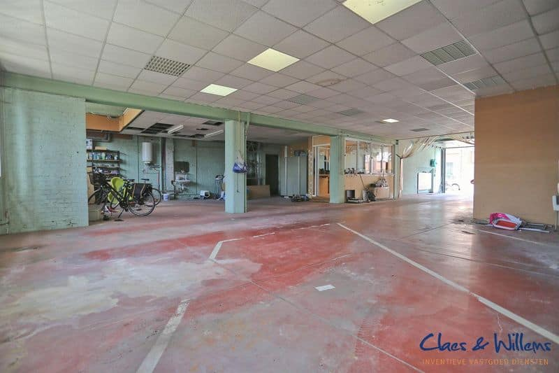 Warehouse for sale in Halle