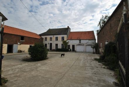 Farmhouse<span>250</span>m² for rent