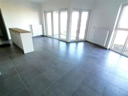 Apartment<span>81</span>m² for rent