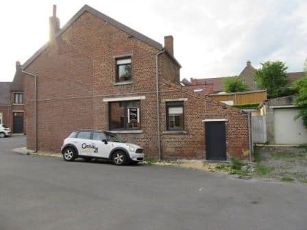 House for sale in Genly