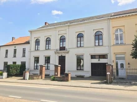 Mixed-use building<span>500</span>m² for rent
