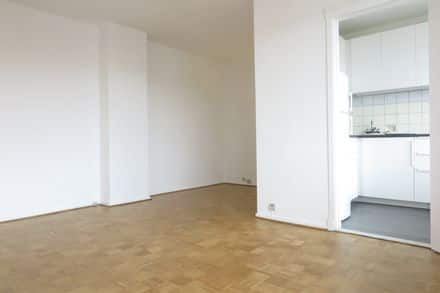 Studio<span>38</span>m² for rent