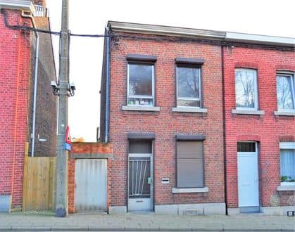 House<span>178</span>m² for rent Chenee