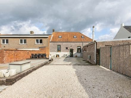 House<span>192</span>m² for rent Tielt