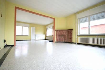 House<span>174</span>m² for rent
