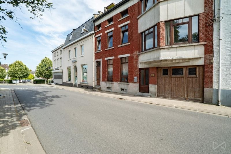 House for sale in Orp Le Grand