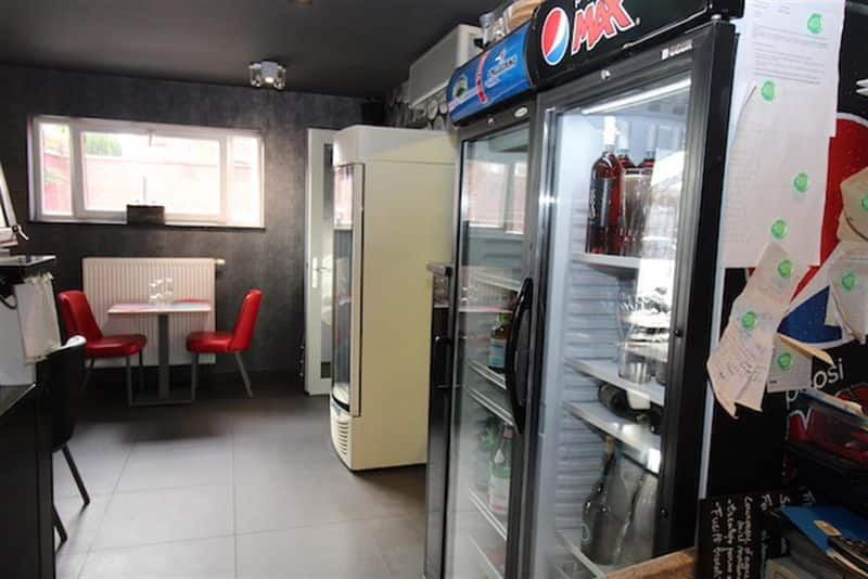 Office or business for rent in Jumet