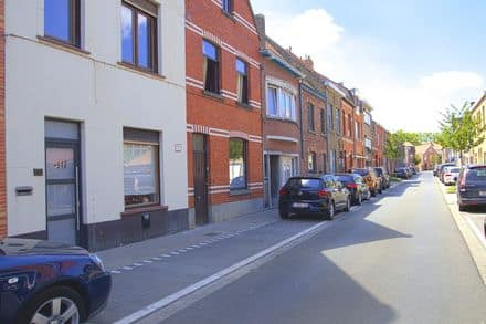 Mixed-use building<span>138</span>m² for rent
