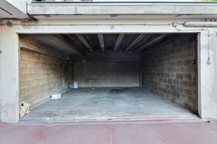 Parking space or garage for rent Charleroi