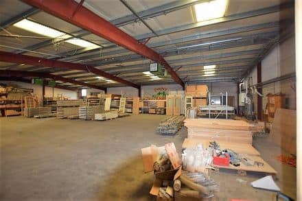 Warehouse<span>1250</span>m² for rent