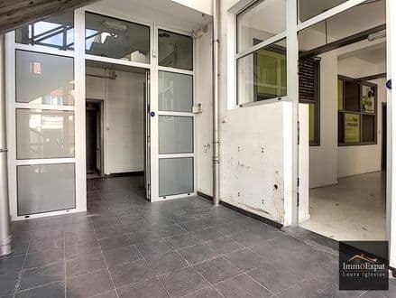 Office<span>650</span>m² for rent