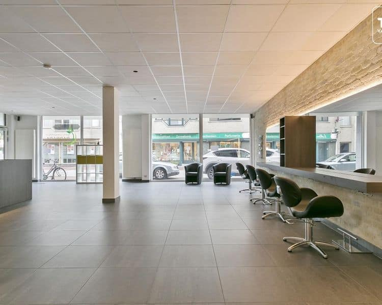 Business for sale in Nevele