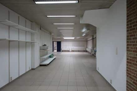 Office<span>212</span>m² for rent