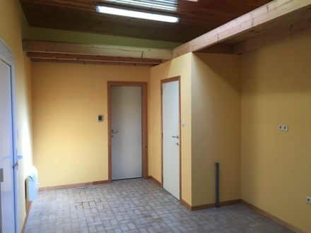 Indoor space<span>352</span>m² for rent