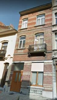 House<span>275</span>m² for rent Anderlecht