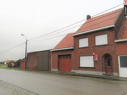 House<span>189</span>m² for rent