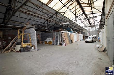 Warehouse<span>920</span>m² for rent