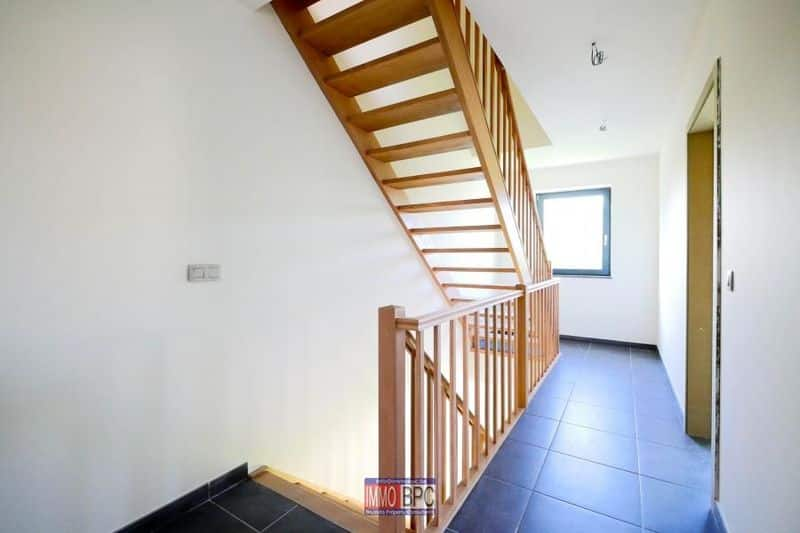 House for sale in Drogenbos