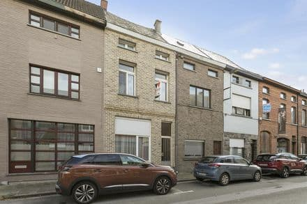House<span>145</span>m² for rent Aalst