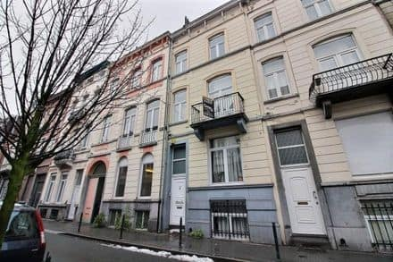 House<span>215</span>m² for rent
