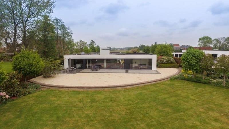 Villa for sale in Menen