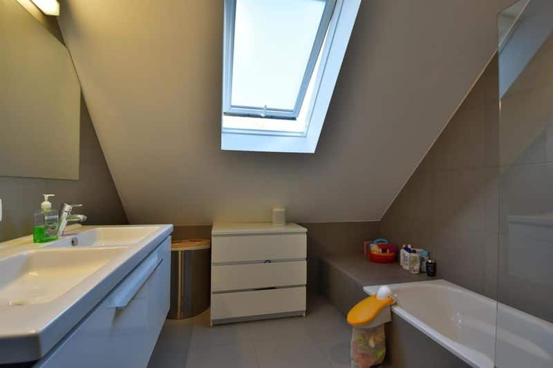 Duplex for rent in Watermaal Bosvoorde