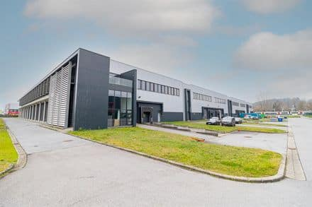 Warehouse<span>5000</span>m² for rent
