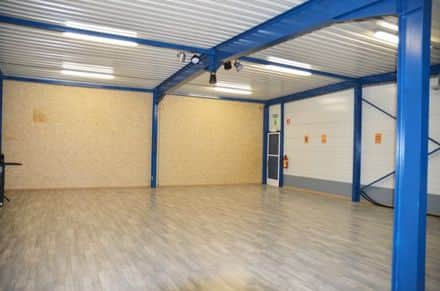 Business<span>210</span>m² for rent