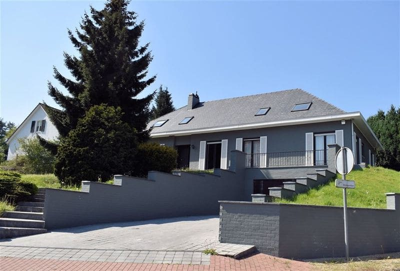 Villa for sale in Hoeilaart